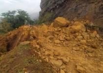 derrumbe vía Barichara- guane