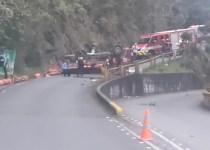camión pipetas volcó en envigado