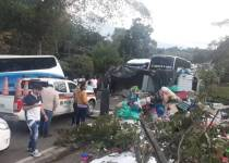 accidente de tránsito bus y camión nov 20