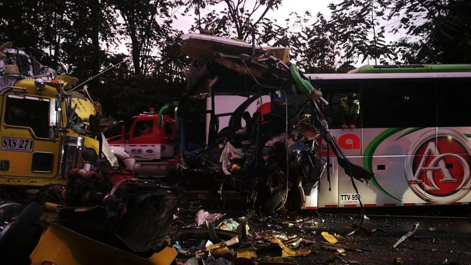 tres fallecidos accidente Santande dic 03